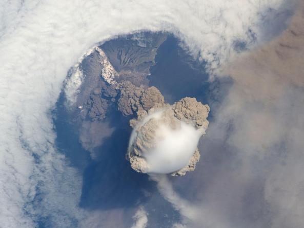Sarychev Volcano Eruption, Kuril Islands
