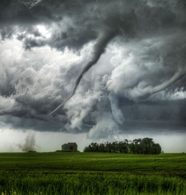 Tornado in Loreburn, Saskatchewan