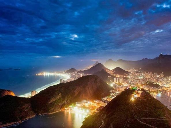 Rio de janerio at Night